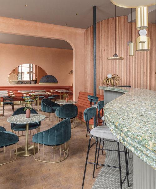 London-restauranti-terracotta-velvet-brass-7