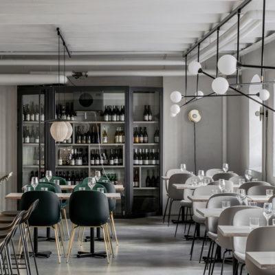 La cucina sostenibile ispira la palette di colori del ristorante Maannos