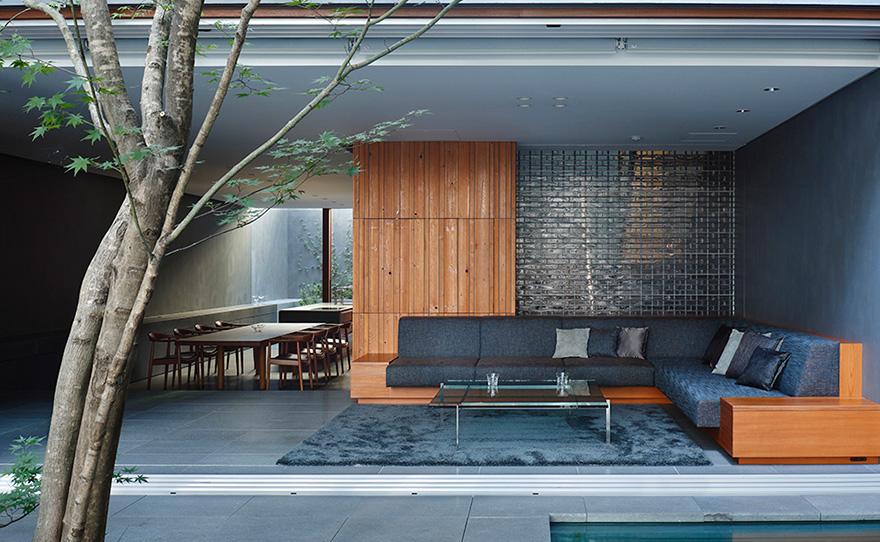 Optical Glass House by Hiroshi Nakamura & NAP