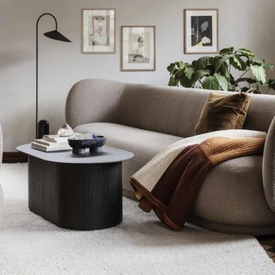 The new sofas become curvy