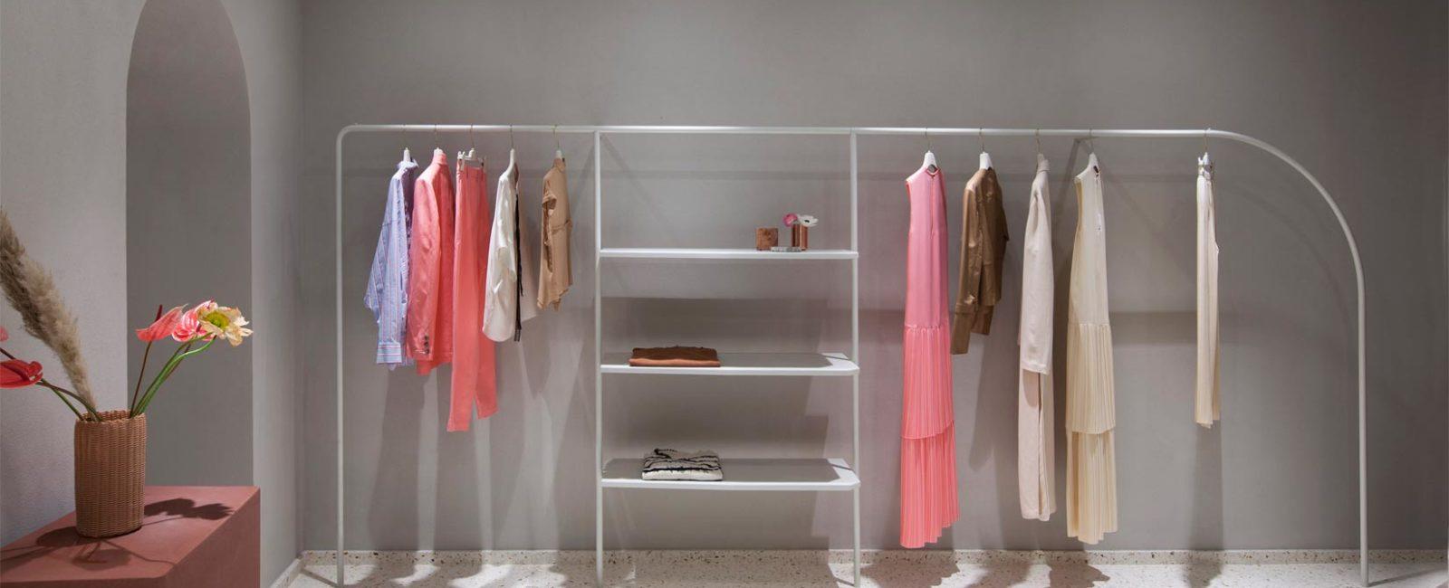 Look sofisticato per la boutique Alysi progettata da Studio Pepe