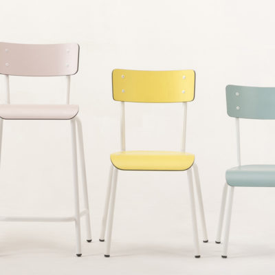 Design seats inspired by vintage school chairs