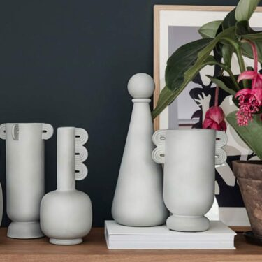 Trendy vases take inspiration from classical art.