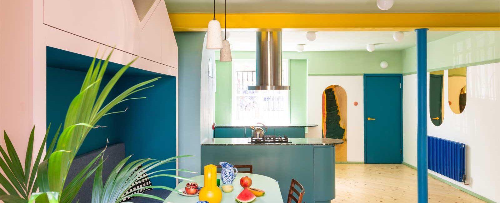 Mo-tel House: a colorful and joyful interior