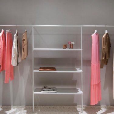 Un aspecto sofisticado para la boutique de Alysi diseñada por Studio Pepe